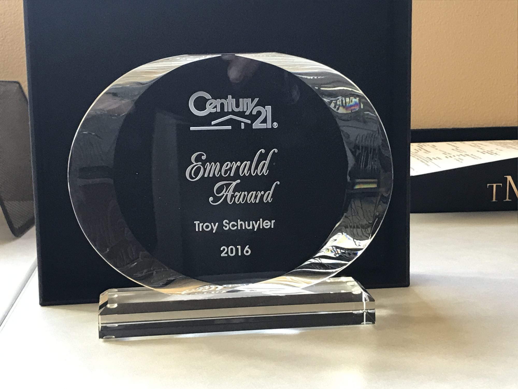 Troy Schuyler Achieves Century 21 Masters Emerald Award 2016